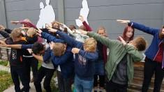 Die Schulkinder haben Spaß! ;-)