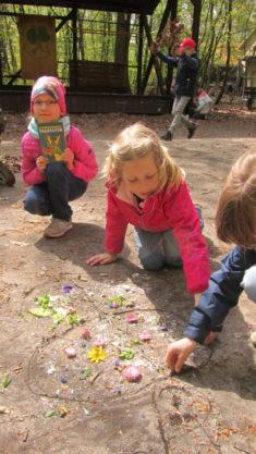 """Die Kinder der AG """"Umweltzwerge"""" lernen Insekten kennen"""