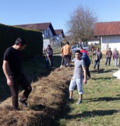 Die erste Aktion mit den Bewohnern der Erstaufnahmeeinrichtung in Osterhofen.