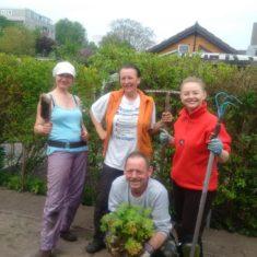 Stolze Gärtner nach getaner Arbeit :)