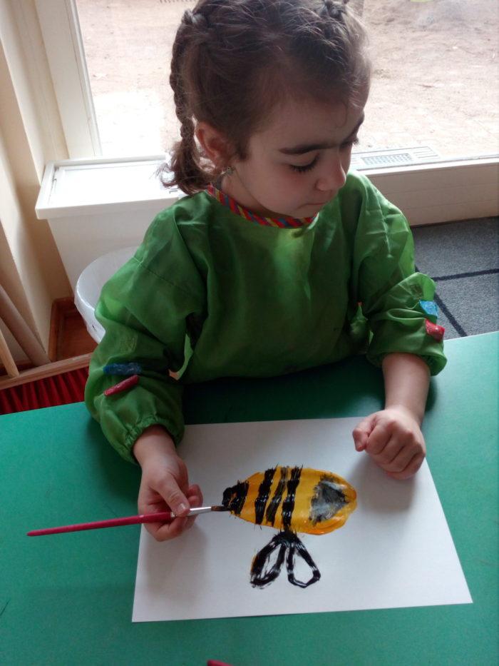 Wildbienen malen….gar nicht so einfach.